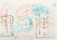 De pagina van het paspoort met immigratiezegels Stock Foto's