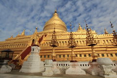 De Pagode van Zigon van Shwe stock foto's