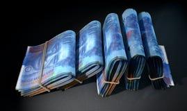 De pakjes van Nota's stapelen Dark op Stock Foto's