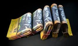 De pakjes van Nota's stapelen Dark op Stock Foto