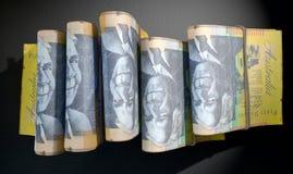 De pakjes van Nota's stapelen Dark op Royalty-vrije Stock Fotografie