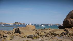 De PAN van havenblanc Bretagne Frankrijk stock footage