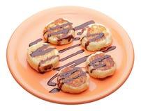 De pannekoeken van de kaas met chocoladestroop royalty-vrije stock afbeelding