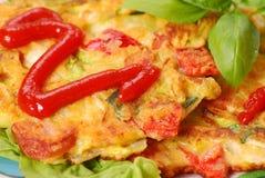 De pannekoeken van groenten met kool Stock Foto's
