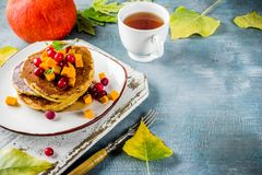 De pannekoeken van de de herfstpompoen Stock Afbeeldingen