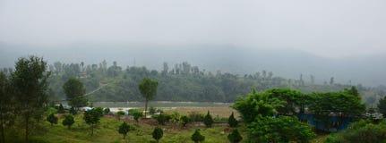 De panoramaaard van Annapurna-Vallei tussen gaat naar Pokhara Nepal Stock Foto