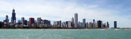 De panoramische horizon van Chicago Stock Afbeeldingen