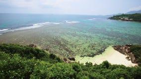 De panoramische juist-aan-linkermening van Seychellen stock videobeelden