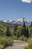 De panoramische toneelmening van de bergen bereikt bij Paonia-het park van de Staat, Colorado een hoogtepunt Royalty-vrije Stock Afbeelding