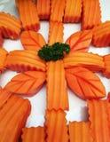 De papaja schikt in bloemvorm. Royalty-vrije Stock Foto's