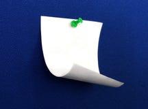 De papel e empurre o pino Fotos de Stock
