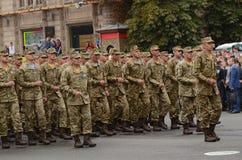 De parade in Kiev op de dag van onafhankelijkheid van de Oekraïne op 24 Augustus, 2016 stock fotografie
