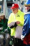 De parade stelt bij de Parade Toronto 2010 van de Kerstman op Stock Afbeelding