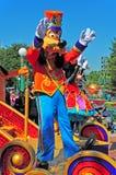 De parade van Disney met goofy en minnie muis Stock Foto