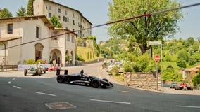 De parade van formuleauto's bij de Historische Grand Prix 2017 van Bergamo stock foto