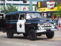 De Parade van politiemanwith classic Paddy Wagon In KDays Royalty-vrije Stock Afbeelding