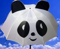 De paraplu van de panda stock foto