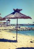 De paraplu van het strandstro royalty-vrije stock foto's