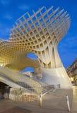 De Parasol houten die structuur van Sevilla - Metropol-bij het vierkant van La wordt gevestigd Encarnacion Royalty-vrije Stock Afbeeldingen