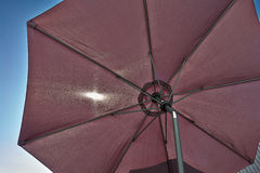 De parasol van de strandparaplu Stock Afbeeldingen