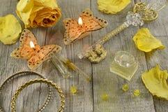 De parfum toujours la vie jaune Photographie stock