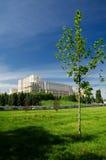 De parken en de tuinen van Boekarest stock afbeeldingen