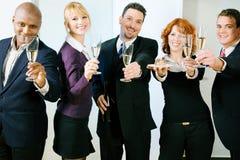 De Partij van de verjaardag in het bureau Royalty-vrije Stock Foto