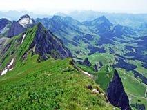 De pas of Der Schwägalppass van de Schwägalpberg stock fotografie