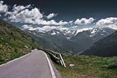 De pas Gavia in Italië Stock Afbeeldingen