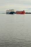 De Pas van de Vrachtschepen van de Rivier van Fraser Stock Foto's