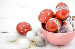 De Pascua todavía de los huevos vida roja Fotografía de archivo