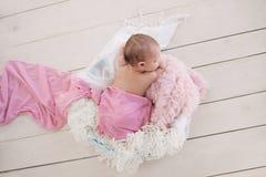 De pasgeboren Slaap van de Baby Royalty-vrije Stock Afbeelding