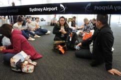 De passagiers wacht op een verrukkingsvlucht in Sydney Airport Sydney, Royalty-vrije Stock Fotografie
