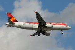 De passagiersjet van Avianca stock foto
