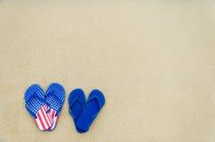 De patriottische achtergrond van de V.S. op het zandige strand Stock Afbeeldingen