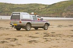 De patrouille van het strand stock foto's