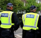 De patrouille van de politieweg op plicht om het verkeer tegen te houden royalty-vrije stock afbeelding