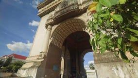 De Patuxai da inclinação arco acima - de Triumph de Vientiane filme