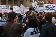 De pausbezoek van de demonstratie, Barcelona Stock Foto's
