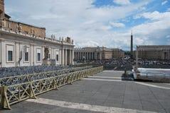 De Pauselijke Basiliek van St Peter in het Vatikaan Stock Foto's