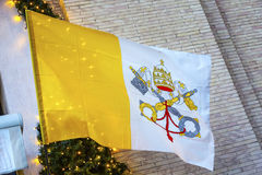 De pauselijke Basiliek Vatikaan Rome Italië van Heilige Peter ` s van de Sleutelsvlag Stock Afbeelding