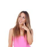 De peinzende koele vrouw kleedde zich in roze Royalty-vrije Stock Fotografie