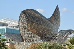 ` De Peix d ou Frank Gehry, Barcelone Photos libres de droits