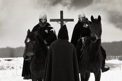 De pelgrim zegent de kruisvaarders van de campagne Stock Afbeelding