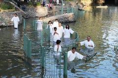 De pelgrims gaan het water in Royalty-vrije Stock Foto
