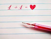 De pen en het hart van het inschrijvings rode gel royalty-vrije stock fotografie