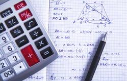 De pen van de calculatorformule stock foto's