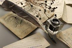 De pen van de inkt en van de veer Stock Foto's