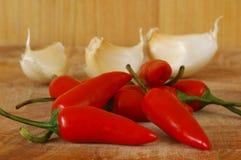 De Peper en het Knoflook van de Spaanse peper. Stock Foto