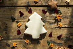 De Peperkoekcakes van nieuwjaarkerstmis royalty-vrije stock fotografie